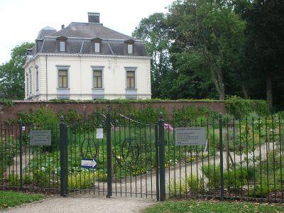 Jardins et loisirs brainois wiki braine l 39 alleud for Jardins et loisirs